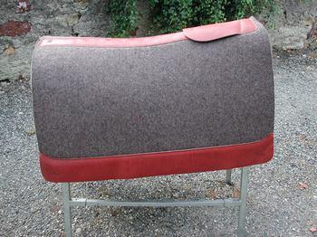 les tapis de b t. Black Bedroom Furniture Sets. Home Design Ideas